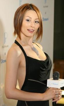 ハリウッド女優のような米倉涼子