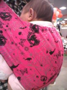 $ママはじめました。【育児4コマ】-抱っこ紐使用中