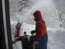 $totokoのスローライフ-北側の雪削り2