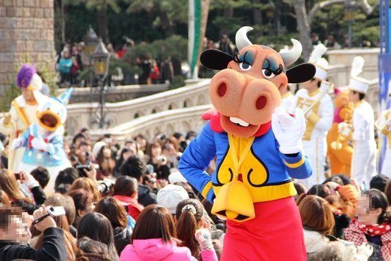 [Tokyo Disneyland] Mickey's PhilharMagic (24 janvier 2011) - Page 3 O0570038011031585625