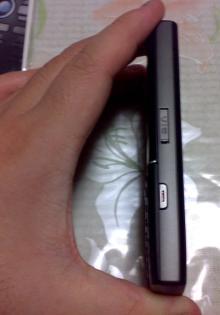 SGH-i550W結構薄い
