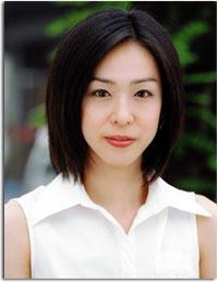 遊井亮子さんのポートレート