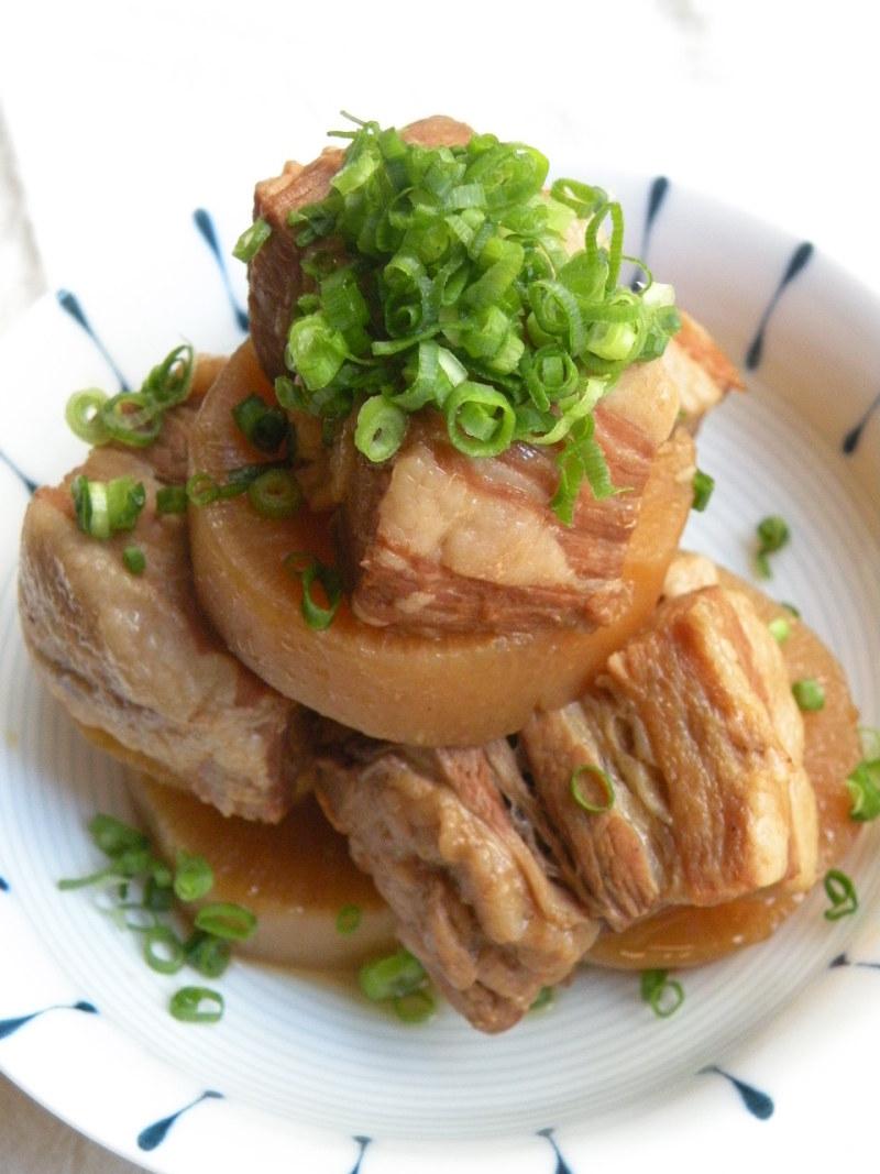 大根とブタバラの韓国煮