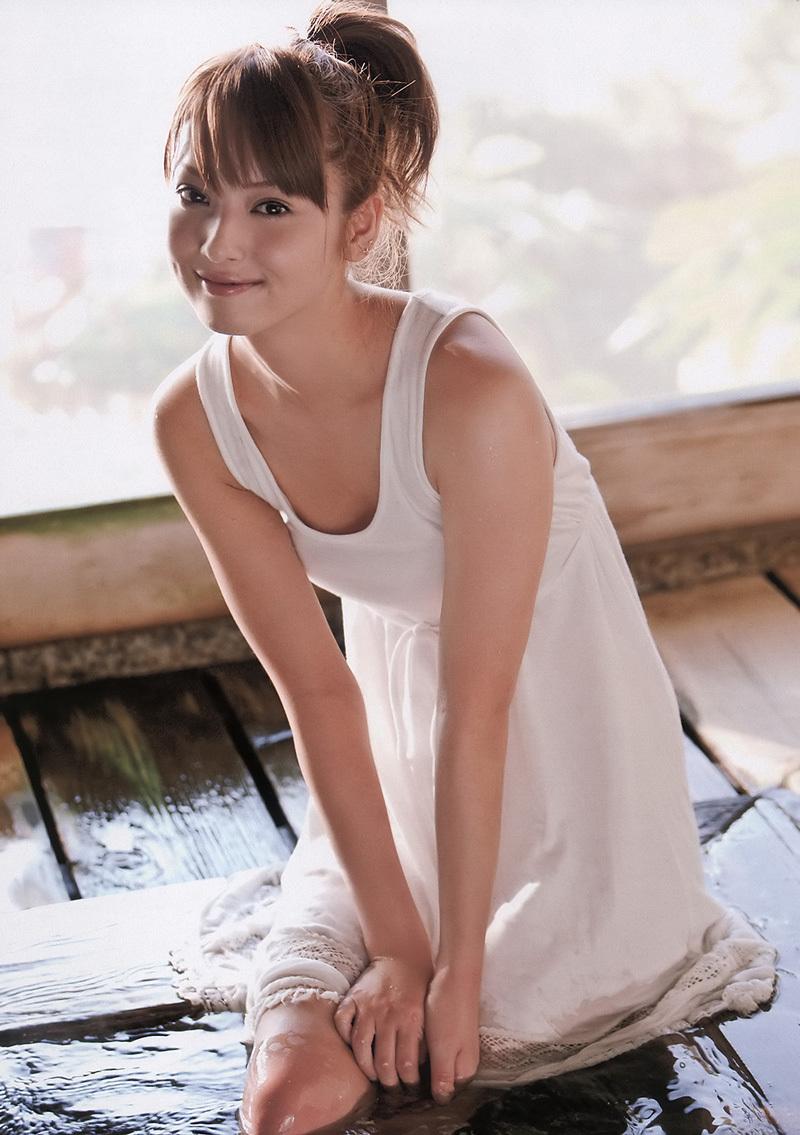 洋服が素敵な佐々木希さん