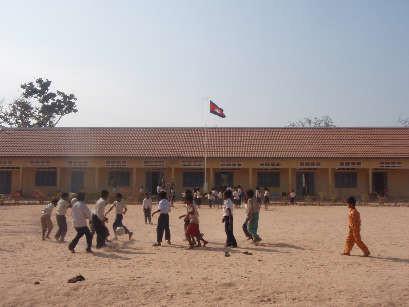行列 の できる 法律 相談 所 カンボジア 学校