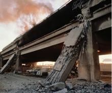 阪神高速道路の崩壊