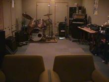 スタジオ(奥へ)